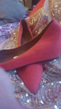 Red suede shoes Hedgesville, 25427