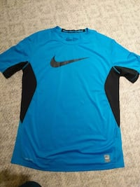 Youth XL NIKE dry-fit  Surrey, V4N 5C7