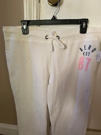 New women's jogger white pants,size L,with tags,price is firm Newburgh, 12550
