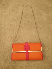 women's orange and red leather chained cross-body bag 31 km