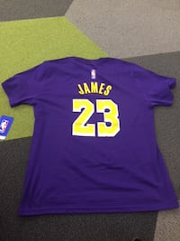 LeBron Shersey Youth Large MILWAUKEE