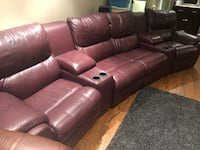 Beautiful purple leather reclining couch. Six pieces in total! Mississauga, L5N 2Z7