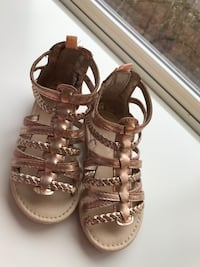 Carters size 7 great condition  Schaumburg, 60194