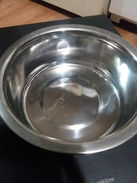 64oz stainless steel bowl Roseburg, 97470