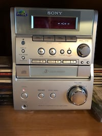 Sony stereo,with 3 disc CD player and cassette player plus AM/FM radio Bay Shore, 11706