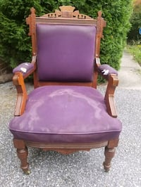 Carved Wood Arm Chair Sykesville, 21784