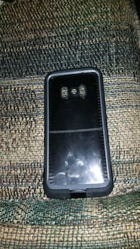 Lifeproof case s8 case paid 100$ asking 40 or trade