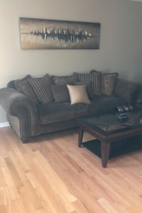 Couch and Loveseat Clive, 50325