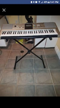 gray electronic keyboard Guelph