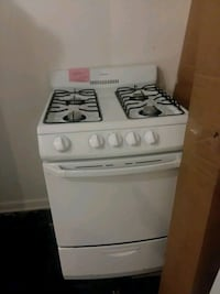 "Hotpoint stove gas 24"" excellent condition"