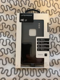 LifeProof fre case for iPhone XS (New)
