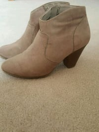 brown suede side zip booties Richmond Hill, L4E 0S2