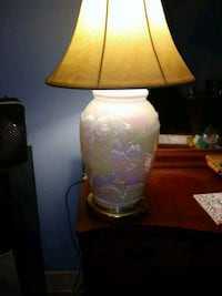 white and brown table lamp Lawrenceburg, 40342