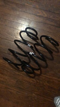 BMW 525xi 2006 springs Cleveland Heights, 44118