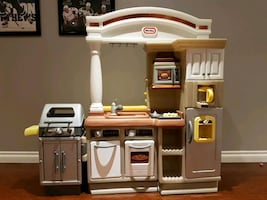 Little Tikes Kitchen set with play food
