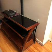 Brown and black wooden tv stand Greenwich, 06830