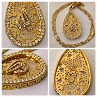 18lt gold plated Pendant 20 inch chain zirconias