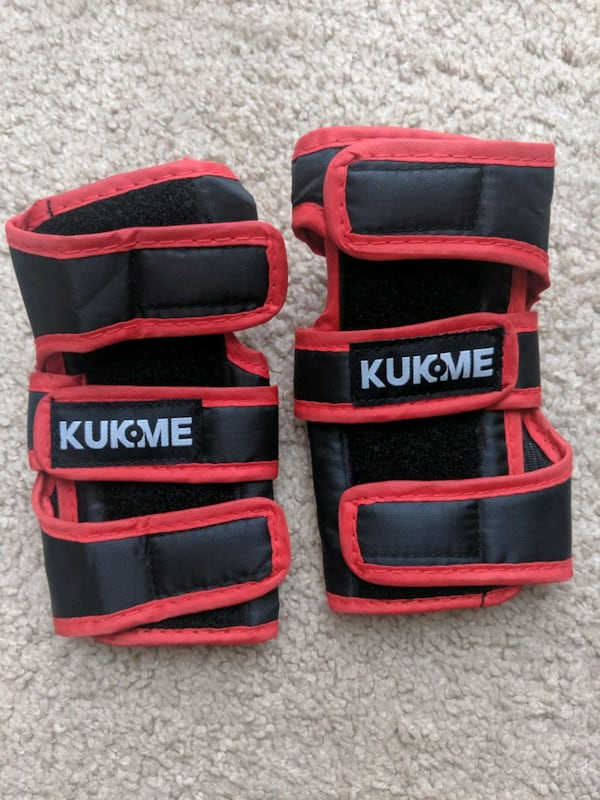 Elbow Pads, Knee Pads and Wrist Guards 1