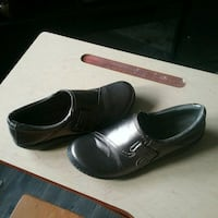 Ladies Clarke's Shoes Size 7, may fit size 7 1/2  Peterborough, K9J 4Y9