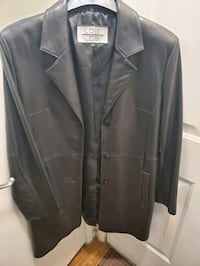 Woman Leather coat Las Vegas, 89119