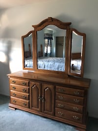 Solid Oak Bedroom Set  Coram