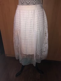 Elie Tahari white ombre skirt size 6  Richmond Hill, L4E 4S5
