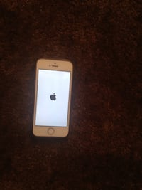 IPhone 5s 64gb good condition with extra   Works with ATT and H2O and Cricket