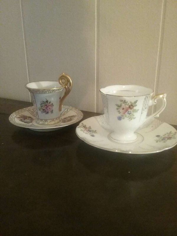 Made in occupied Japan tea cups and saucers (2)