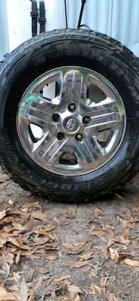 Bridge stone dueler tire AT