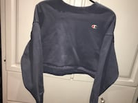 Cropped Champion Sweatshirt