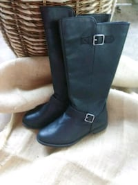 Ladies Size 6 New Belpre, 45714