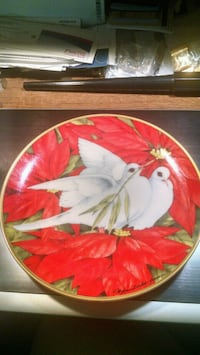 Franklin Mint Christmas Doves Collector Plate