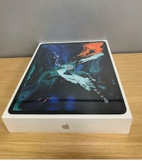 iPad Pro 3rd gen 64 gb with beats solo 3