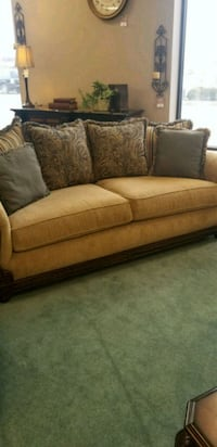 Stratford sofa and love seat Wilkes-Barre, 18702