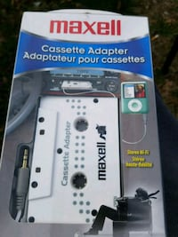 Maxell cassette adapter mp3 compatible/ipod compatible