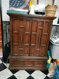 brown wooden armoire Blaine, 55434