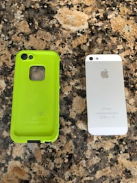 iPhone 5 and life proof case