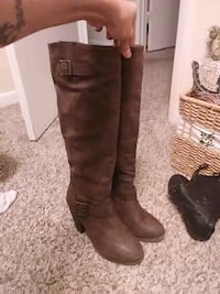 Boot forever 21 brown boot size 7