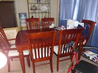 Cherry Dinning table with 6 chairs and additional leaf  Las Vegas, 89128