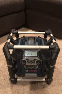 Bosch power box radio PB360S with 18v battery and aux cable