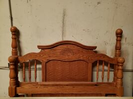 Queen Headboard & Footboard with metal frame, 87120