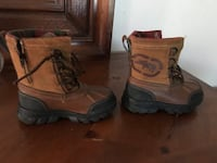 brown leather duck boots 226 mi