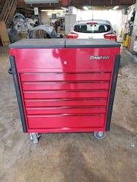 Candy apple red snap on tool box  Chantilly, 20151