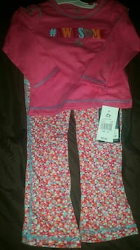 Girl set size 2t  (price negotiable) Newark, 07107