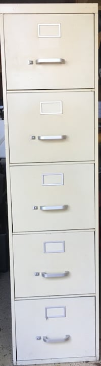 Used 5 drawer filing cabinet Miami Lakes, 33014