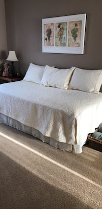 Day Bed bedding