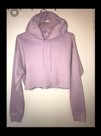 Urban outfitters cropped hoodie Toronto, M3M 1H3