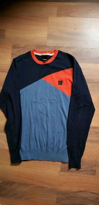 BENCH SWEATER/ SIZE MM MENS Calgary, T2B 0H6