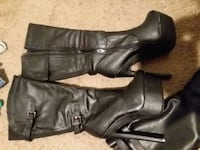 pair of black leather knee-high boots Grand Prairie, 75050