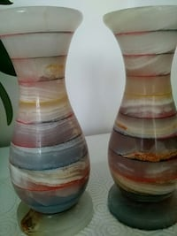Pair of beautiful onix 6inch vases Mississauga, L5W 1E5
